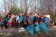Počas uplynulého víkendu zorganizovali v Zlatých Moravciach brigádu, výsledkom ktorej bolo niekoľko vriec plných odpadu.