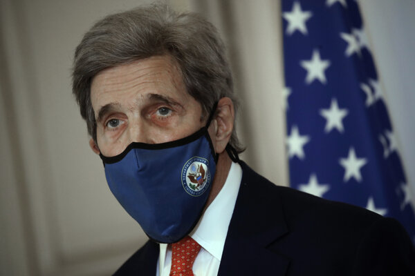 Americký vyslanec pre otázky klímy John Kerry.