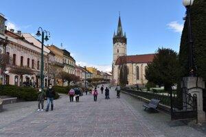 Od budúceho týždňa by sa mala pešia zóna v Prešove zaplniť terasami. Mesto schválilo desiatky žiadostí.