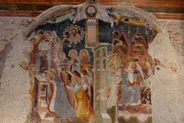 Freska zo 14. storočia bola ukrytá za oltárom.