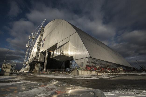 Výstavba Nového krytu Černobyľskej jadrovej elektrárne v roku 2016.