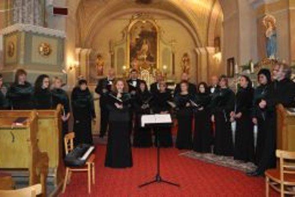 Martinský zbor sa predstavil v jelšovskom kostole.