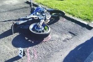 Motorkár utrpel zranenia.