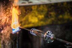 Výroba skla v sklárňach Rona