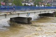 V Košiciach platí tretí stupeň povodňovej aktivity na vodných tokoch a drobných vodných tokoch pretekajúcich cez územie mesta.