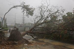 Následky cyklónu Tauktae v provincii Achmedabad.