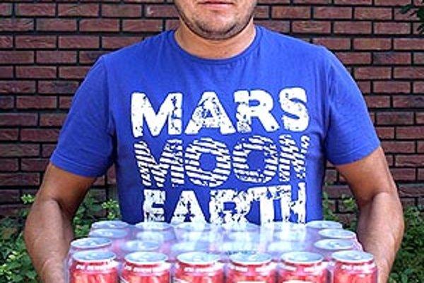 Pre kartón piva Corgoň si prišiel víťaz 1. kola Peter Bányi z Dolných Obdokoviec.