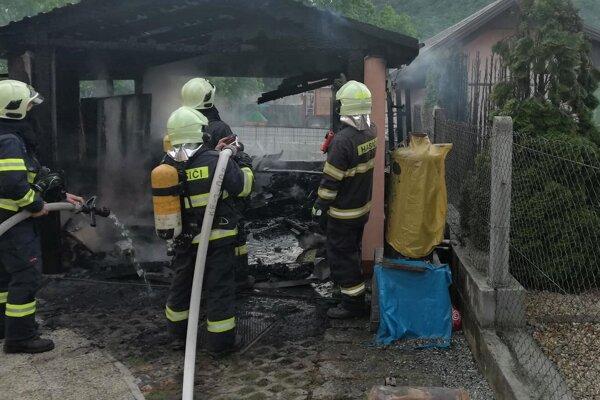 Zásah hasičov v Kysaku.