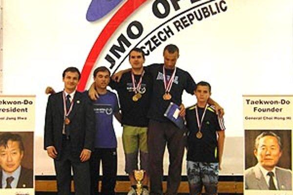 Taekwondisti z Nitry získali medailové umiestnenia v Znojme.
