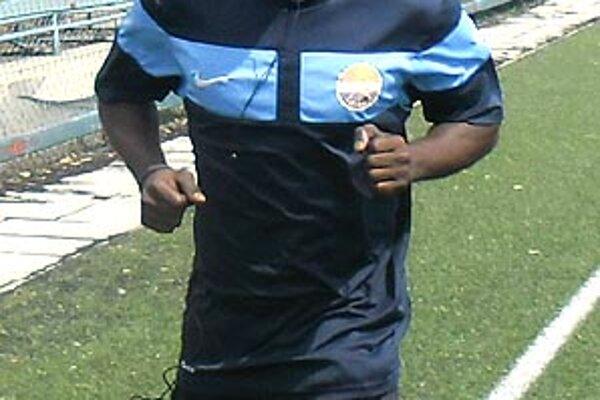 Do Nitry prišiel futbalista z Nigérie.