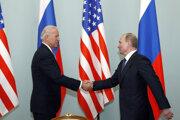 Rok 2011, stretnutie viceprezident Bidena a premiéra Putina.