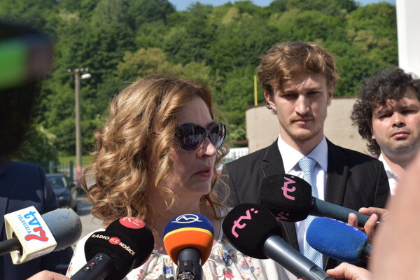 Andrea Turčanová (KDH) a poslanci Lukáš Anderko (OĽaNO) a Jozef Demčák (nezávislý).