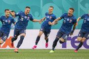 Radosť slovenských futbalistov po tom, čo na EURO 2020 zdolali Poľsko.