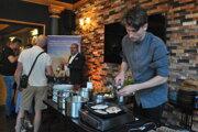 Výnimočné kulinárske schopnosti Filipa Ondrušeka si vo štvrtok vychutnalo niekoľko šťastlivcov v hoteli Capital na Farskej ulici v Nitre.
