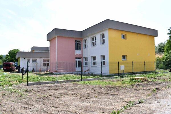 Nová škôlka v Družstevnej pri Hornáde je už takmer hotová.