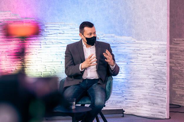 Daniel Lipšic počas online kariérneho eventu Night of Chances LAW 13. mája 2021.