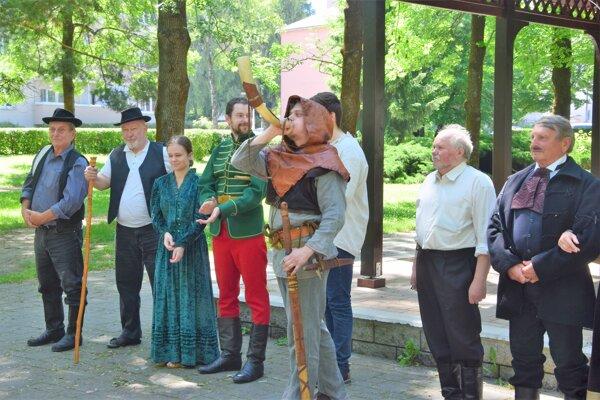 V rámci programu Slovesnej jari sa predstavili aj ochotníci zLiptovského Mikuláša.
