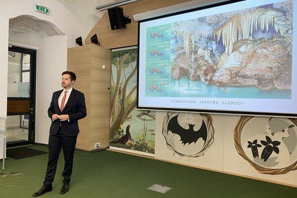 Na inaugurácii známky v Slovenskom múzeu ochrany prírody a jaskyniarstva sa zúčastnil aj Michal Kiča, štátny tajomník ministerstva životného prostredia.