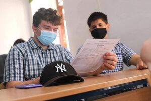 Aj stredoškoláci z SPŠ strojníckej v Košiciach dnes vstali do prvého prázdninového dňa.