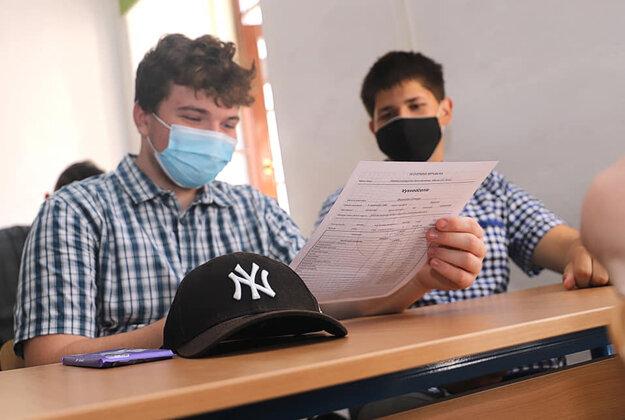 Aj stredoškoláci z SPŠ strojníckej v Košiciach, dnes vstali do prvého prázdninového dňa.