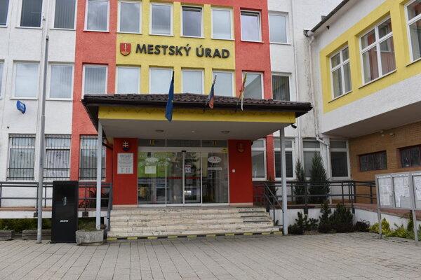 Medzilaborská samospráva podporila Moravu postihnutú tornádom troma tisíckami eur.