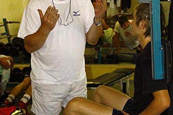 Tréner volejbalistov Nitry Daniel Oravec.