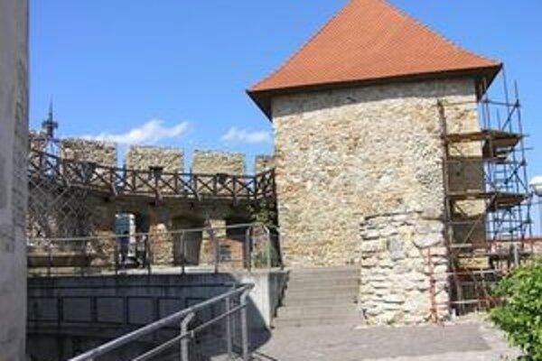 Vazulova veža, na ktorej objavili trhlinu.