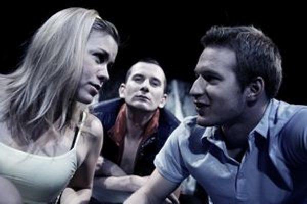Na snímke zľava Alena Pajtinková, Jakub Rybárik a Roman Poláčik.