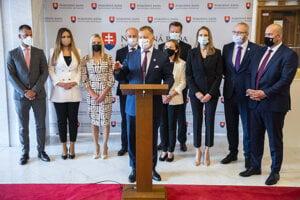 Predseda parlamentu Boris Kollár a poslanecký klub Sme rodina.