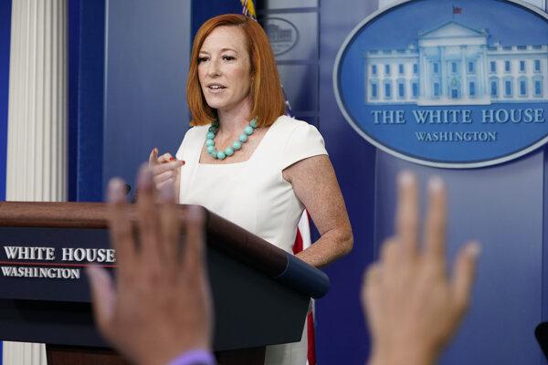 Hovorkyňa Bieleho domu Jen Psakiová na pondelňajšej tlačovej konferencii.