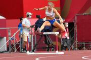 Slovenská atlétka Emma Zapletalová v behu na 400 m prekážky na OH v Tokiu.