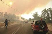 Požiare v blízkosti dediny Lampiri.