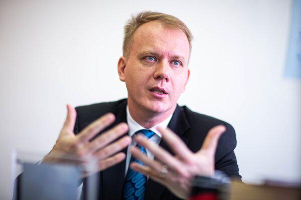 Na projekte pracoval aj bývalý politik Miroslav Beblavý.