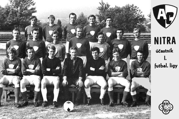 Mužstvo AC Nitra, ktoré v roku 1971 vybojovalo postup do prvej ligy.