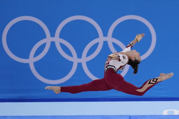 Nemecká gymnastka Pauline Schaefer-Betzová počas olympiády v Tokiu.