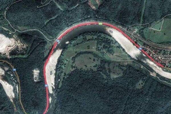 Červenou farbou je vyznačený úsok, ktorý budú opravovať.