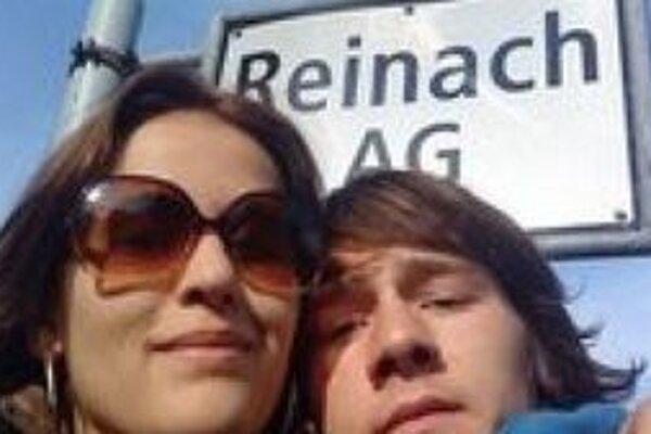 Karin a Lukáš mali takúto fotku na sociálnej sieti.