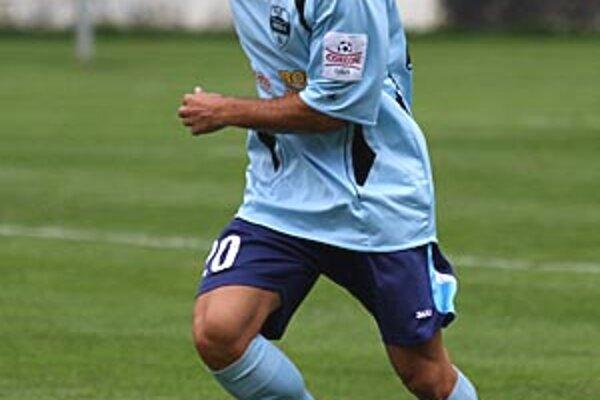 Francisco Francis Valencia hral proti Györu na ľavej strane obrany.