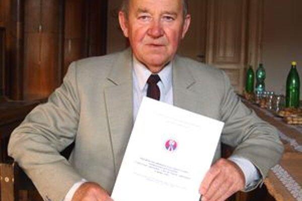 Jozef Havel so svojou publikáciou o oslobodzovaní nášho regiónu.