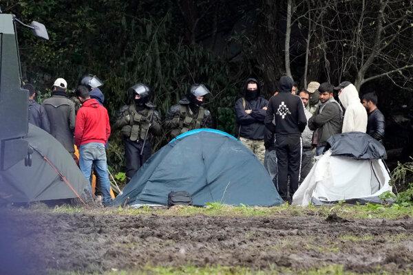 Medzinárodné organizácie žiadajú prístup k migrantom na hraniciach Bieloruska