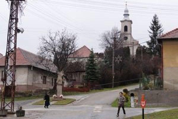 Malá podhorská dedina je z odchodu starostu v rozpakoch.