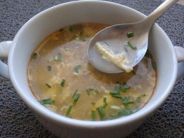 Jednoduchá vajíčková polievka