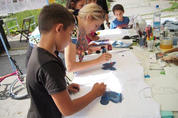 Deti mali pripravené tvorivé dielne.