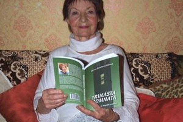 Marína Čeretková-Gállová so svojou novinkou Trinásta komnata.