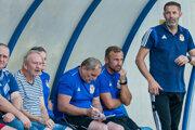 Ľubomír Reiter (vpravo) vedie treťoligový Stropkov.