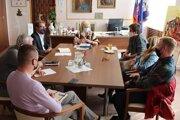 Alexandru Pivkovú, primátorku Lučenca teší,  že sa  pre mestoo podarilo zabezpečiť veľmi významnú investíciu zo strany štátu.