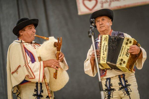 Gajdoši počas festivalu