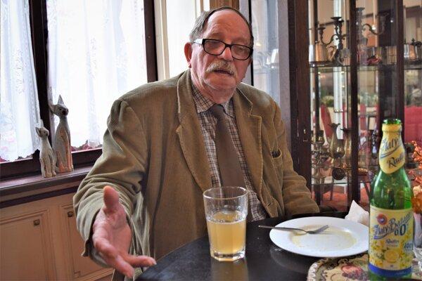 Arpád Szabó spomína na natáčanie filmu Šiesta veta. A veru boli tam aj historky aké sa nedajú zverejniť.