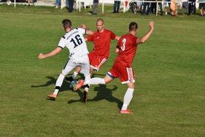 Zo zápasu Hronské Kosihy – Hontianska Vrbica.