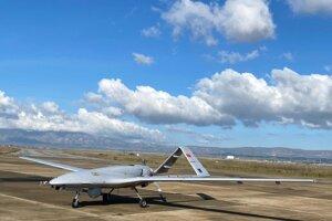 Turecký prieskumný dronBayraktar TB2.